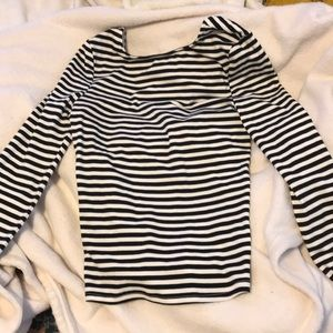 B&W striped long sleeve, perfect for layering